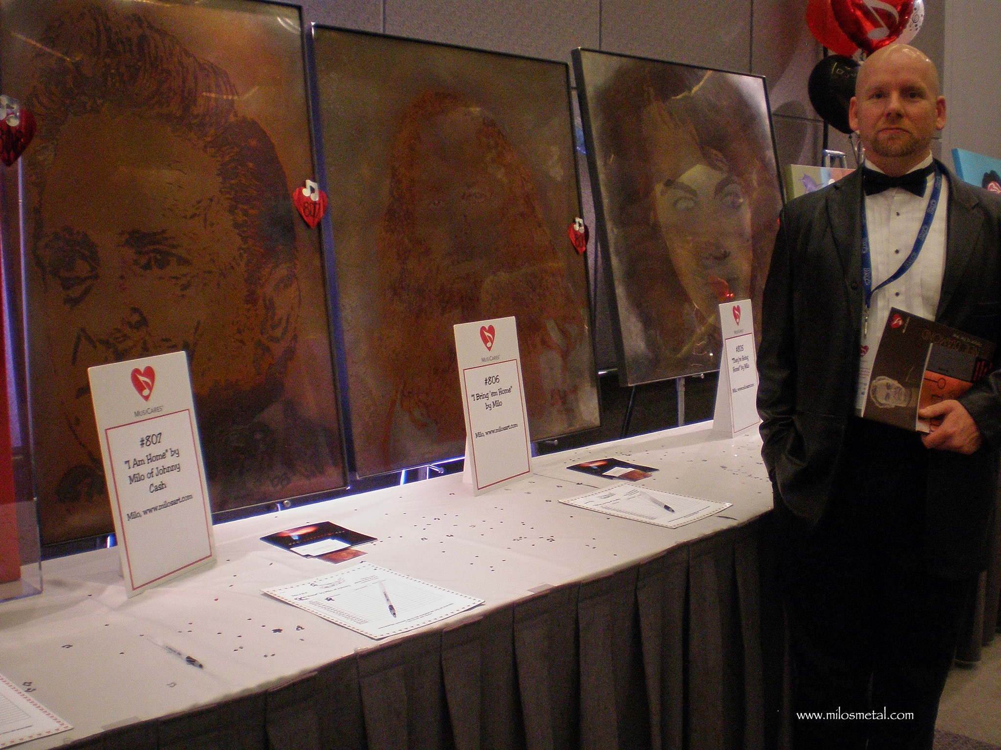Milo at the 2009 Grammy Awards - Volcanic Stainless Steel Painting